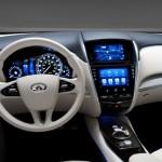 Atom işlemcili Nissan Infiniti