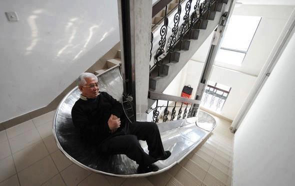 Asansörsüz Apartmanlara Kaydıraklı İniş Sistemi