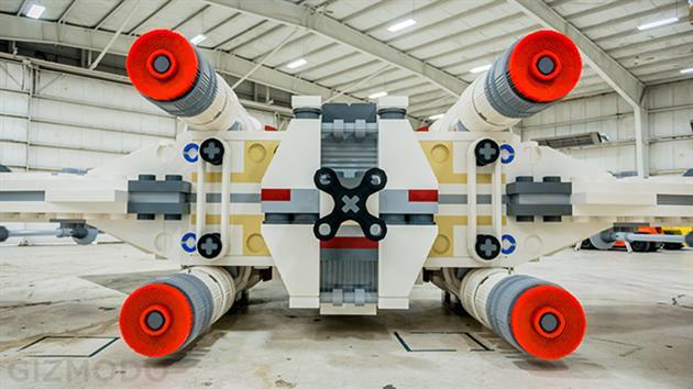 Dünyanın En Büyük Lego Star Wars Gemisi