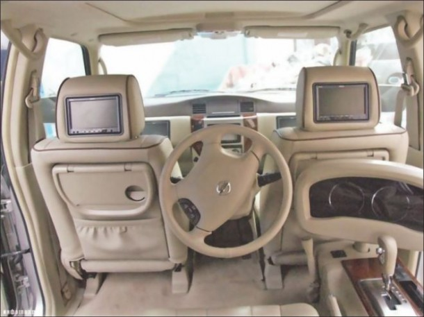 Dubai-Never-Fails-to-Surprise-–-Customized-Car-2-610x457