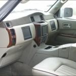 Dubai-Never-Fails-to-Surprise-–-Customized-Car-4-610x457