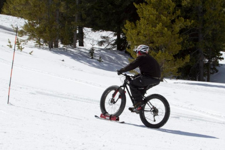 Kar Bisikleti