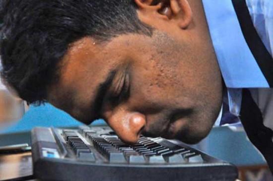 Burnuyla Klavyeyi En Hızlı Kullanan Adam