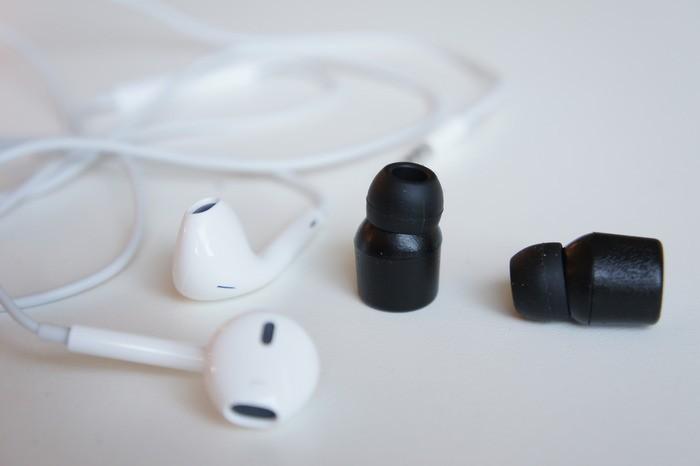 Dünya'nın En Küçük Kablosuz Kulaklığı