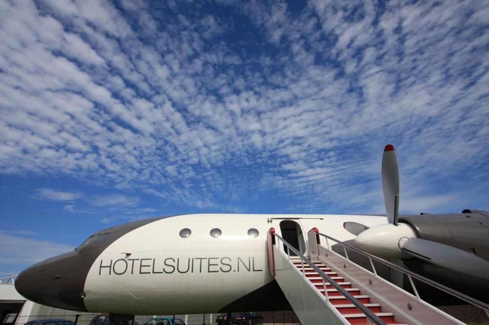 Uçak Otel'de Tatil Keyfi