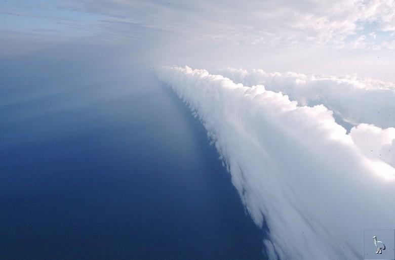 Esrarengiz Bulut Gündüz Sefası